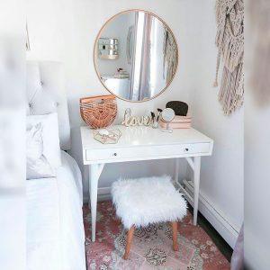 Meja-Rias-Dinding-Minimalis-Cantik-Putih