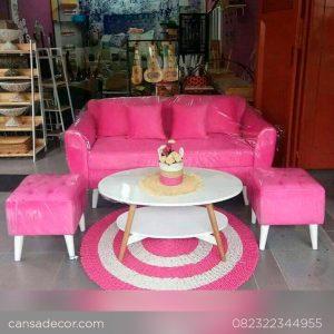 Sofa-Set-Ruang-Tamu-Retro-Minimalis-untuk-Ruangan-kecil-b-4,7-b